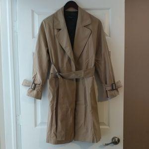 Zara Trenchcoat, size S